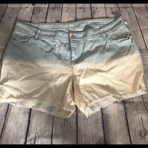 OLD NAVY plus size distressed jean shorts